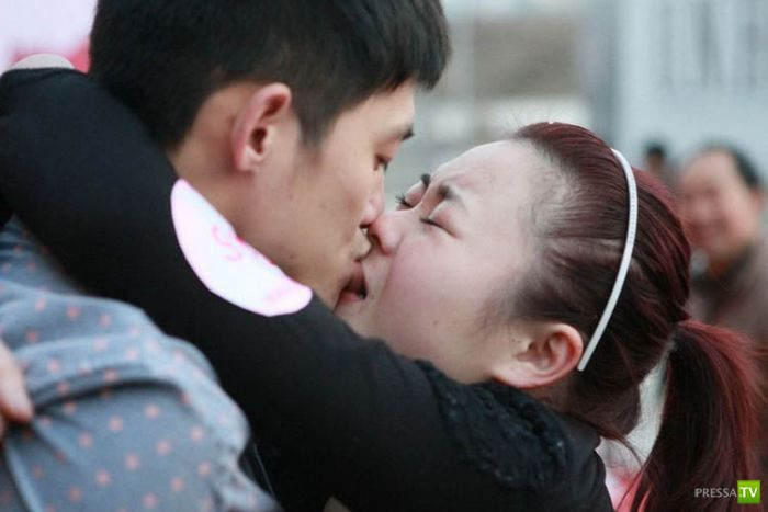 Конкурс поцелуев в Китае ...