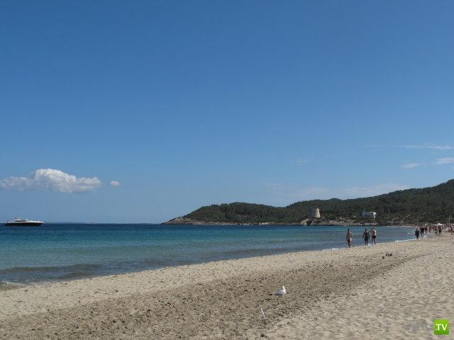 Первые нудистские пляжи