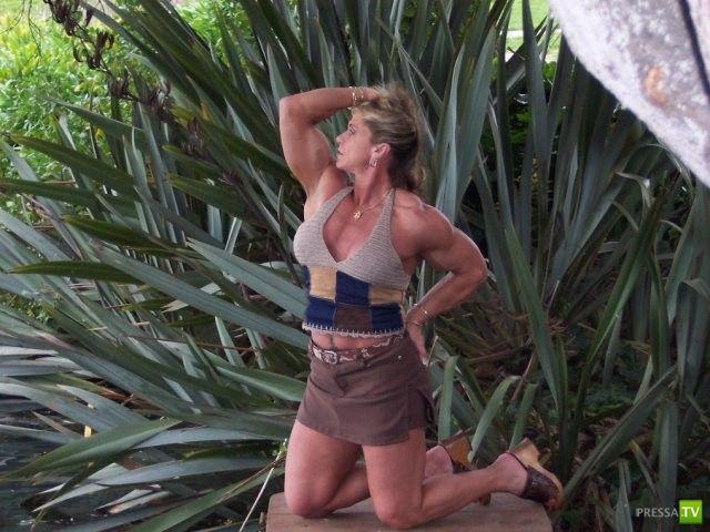 Американская культуристка Мишель Брент (15 фото)