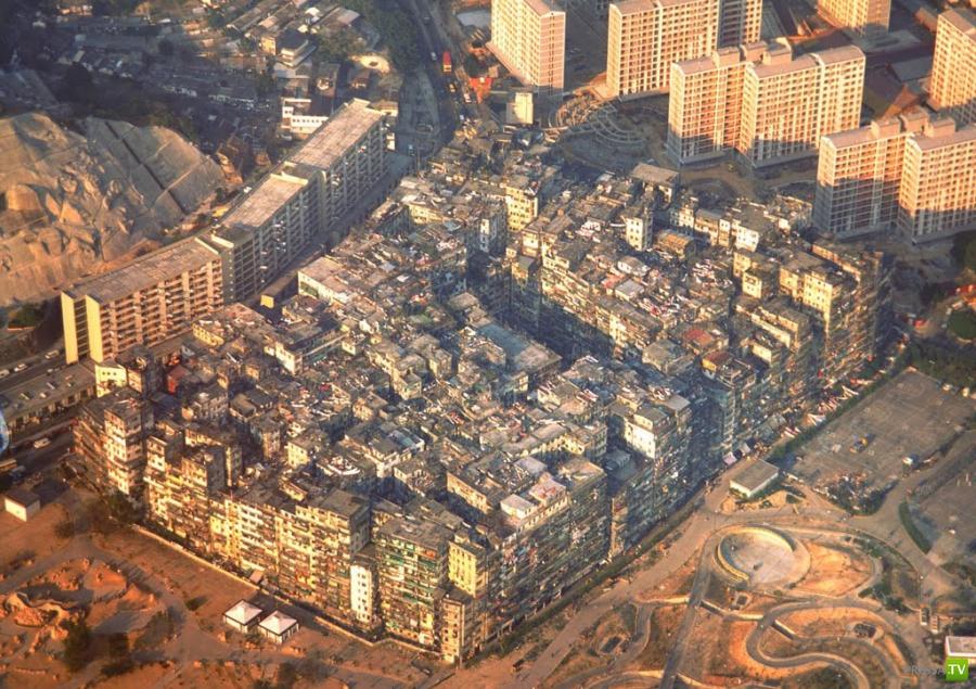 """Гонконгский """"муравейник"""". В тесноте, да в не обиде (3 фото)"""