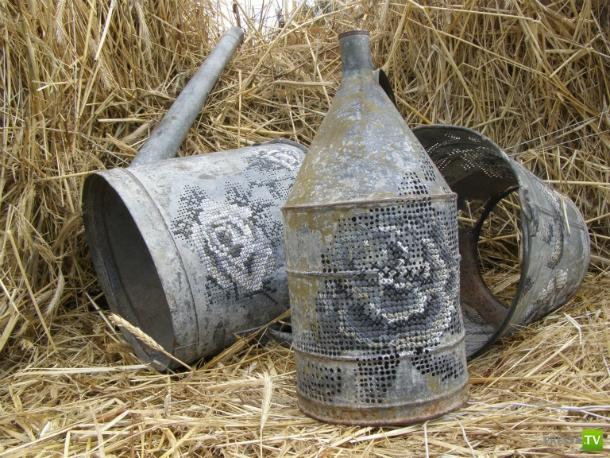 Вышивка по металлу (12 фото)