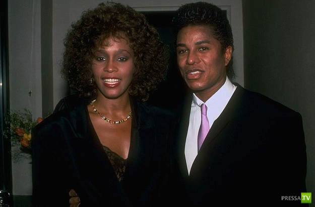 У Майкла Джексона и Уитин Хьюстон был роман (4 фото)