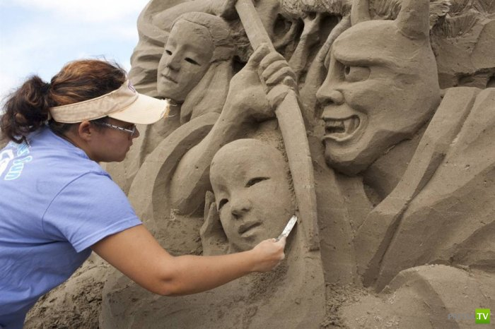 Чемпионат мира по созданию скульптур из песка (33 фото)