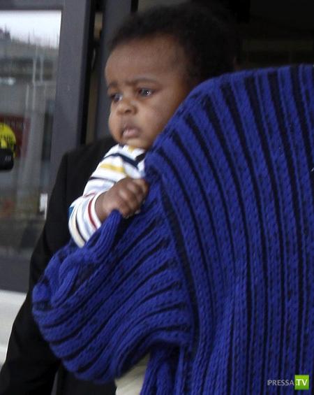 Шарлиз Терон впервые показала сына! (5 фото)