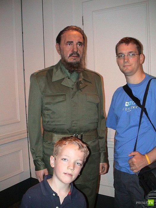 Восковые диктаторы (10 фото)