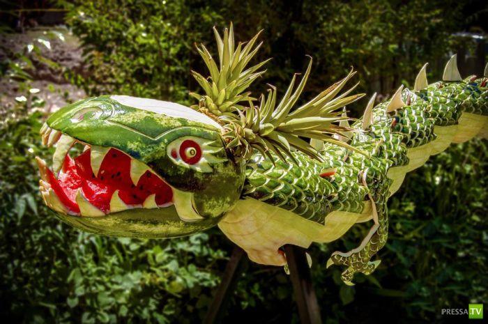 Арбузный дракон (4 фото)
