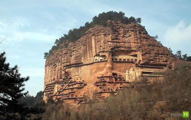 Буддийский комплекс Майцзишань - сокровище Китая (13 фото)