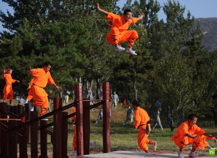 Шаолиньский Международный Фестиваль боевых искусств в Китае (16 фото)