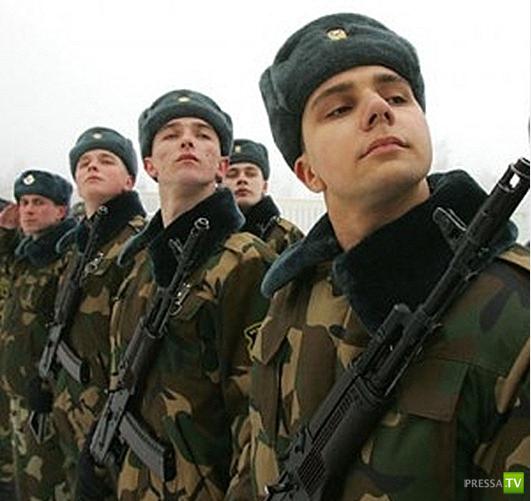 Армейская служба российских звезд (21 фото)