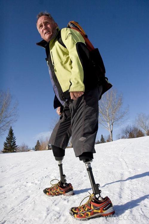Новозеландец Марк Инглис - первый альпинист без ног, покоривший Эверест (6 фото + видео)