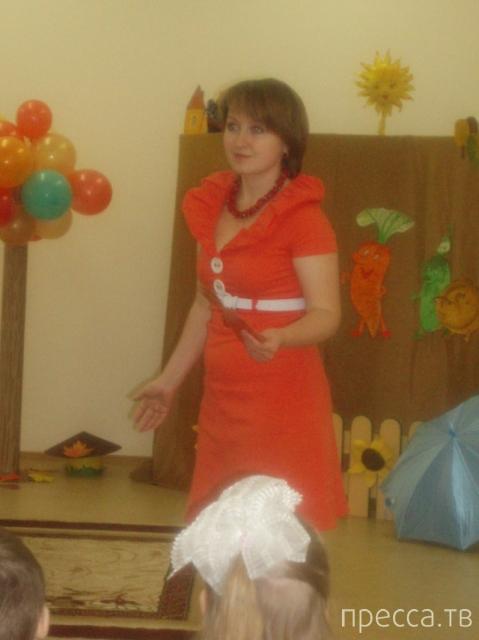 Откровенные фотографии в сети учительницы из Томска (9 фото)