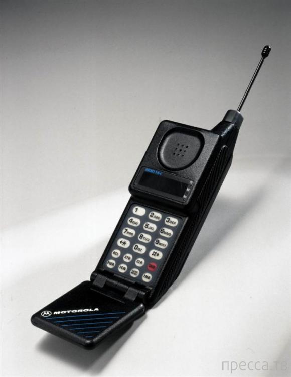 40 лет мобильному телефону...