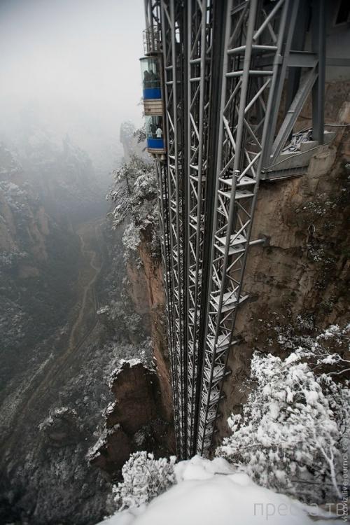 """""""Байлонг"""" - самый высокий лифт в мире находится в Китае (7 фото)"""