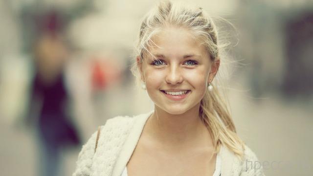 Милые и красивые девушки (57 фото)