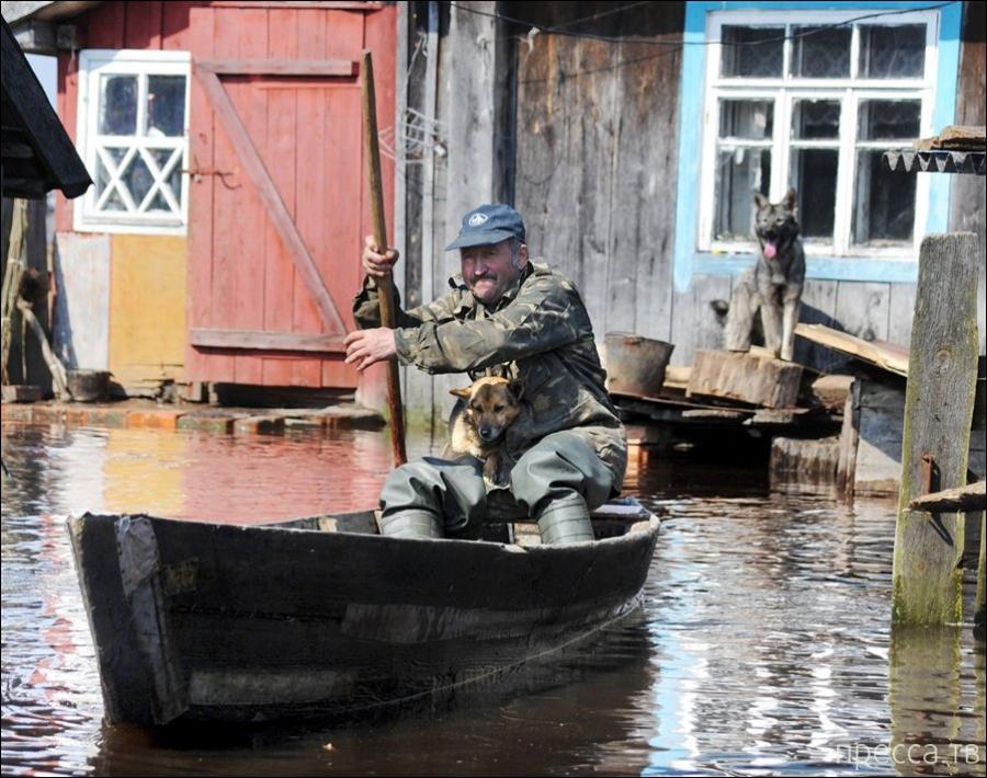 Весеннее наводнение в Белорусских деревнях (4 фото)
