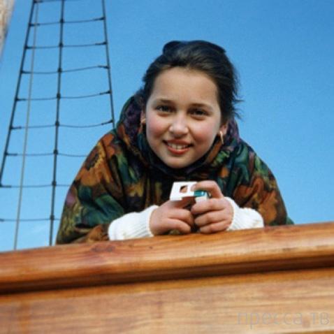 Алсу показала свои детские и юношеские фото (8 фото)