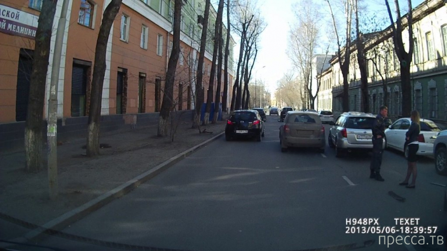 ДТП с участием трех машин (Марч, Прадо и Легаси) с номерами 777... Иркутск