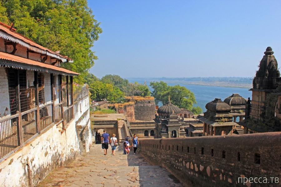 Индия. Махешвар. Форт и Гхаты (35 фото)