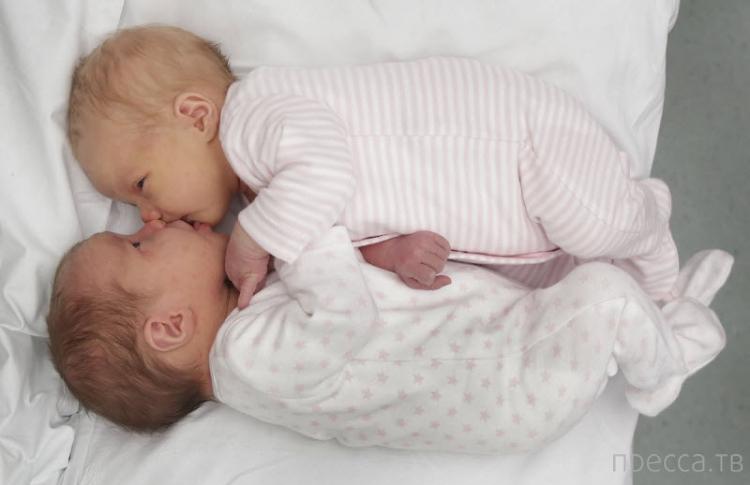 Американка родила двойняшек в разные годы