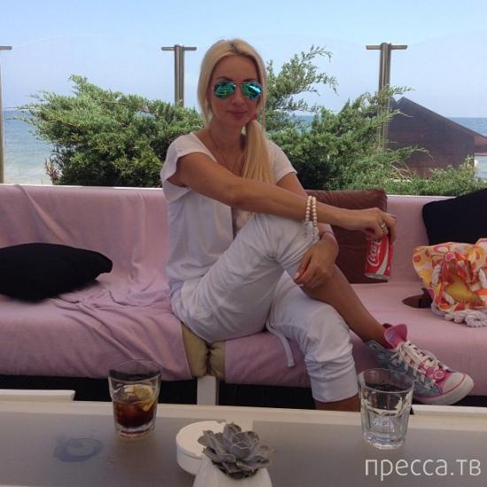 Лера Кудрявцева похвасталась дорогим подарком мужа (5 фото)