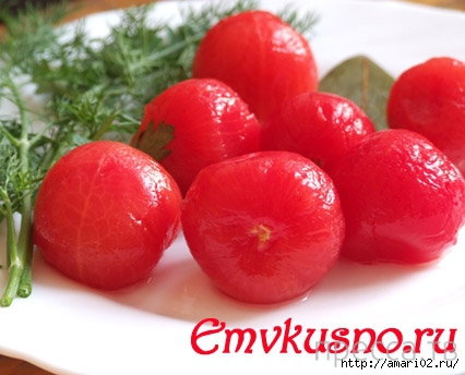 Вкуснятинка: быстрые маринованные помидоры-черри (7 фото)