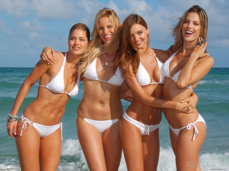 Фото моделей девушек для календаря большие сиськи в бикини 14 фотография