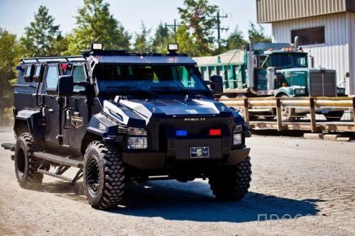 НБУ безвозмездно передал восемь автомобилей силовым ведомствам - Цензор.НЕТ 4656