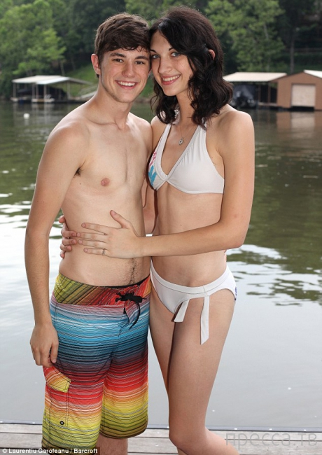 Молодая пара с секретом (10 фото + видео)