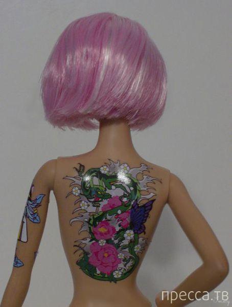 Современная кукла Барби - с татуировками (9 фото)