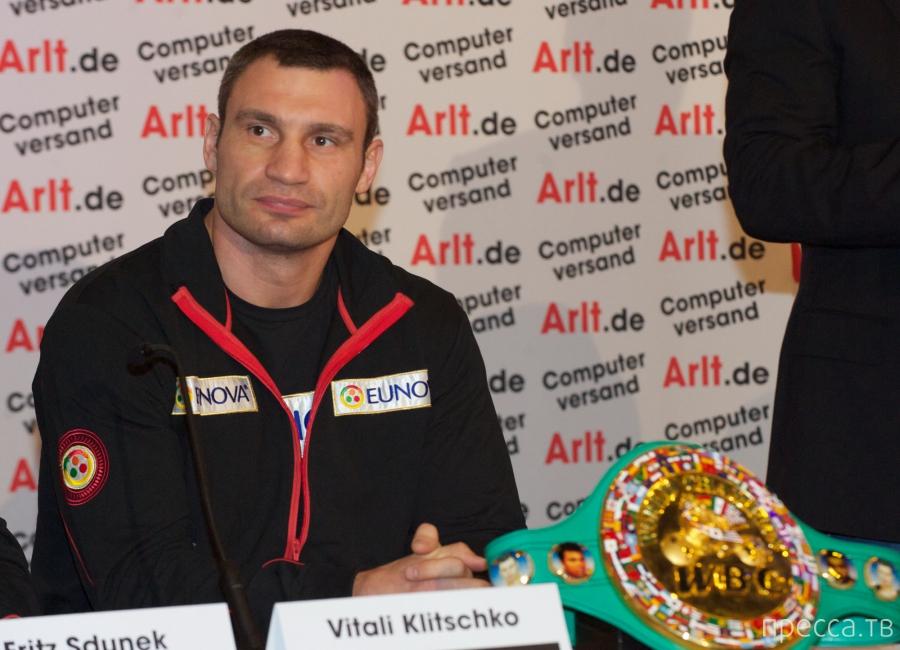 День рождения Виталия Кличко (7 фото)