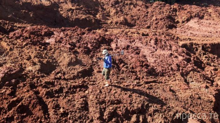 В Парагвае ищут клад (6 фото)