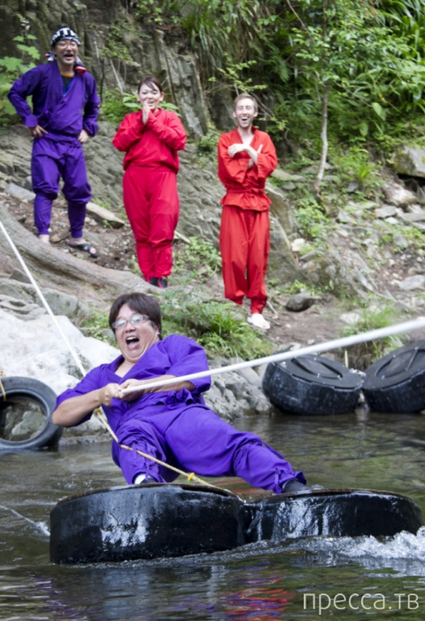 Обыкновенная школа ниндзя для туристов (17 фото)