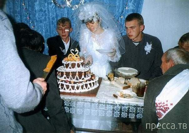 tolpa-muzhchin-otodrala-nevestku-pered-svadboy