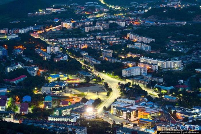 Петропавловск-Камчатский с высоты (13 фото)