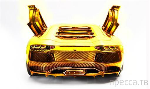 Выставлен на продажу самый дорогой в мире автомобиль, сделанный из золота и бриллиантов (3 фото)