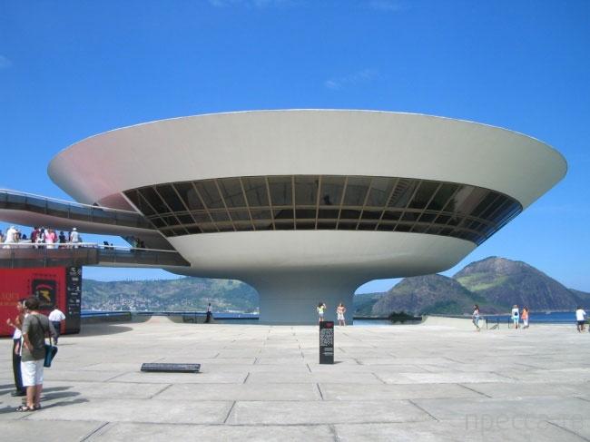 Архитектура для чайников. Краткая памятка по архитектурным стилям (18 фото)