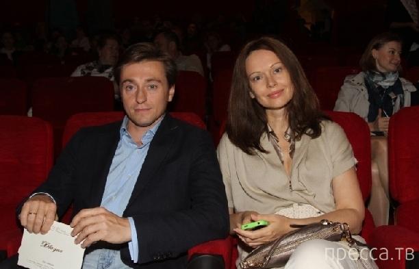Сергей Безруков стал отцом двух малышей (4 фото)