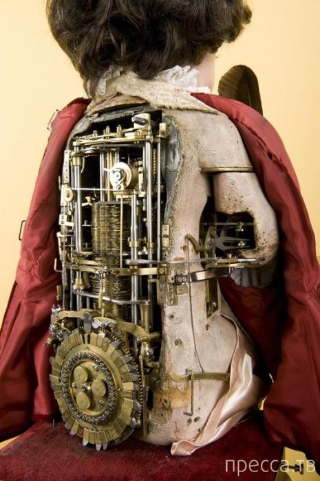 Предку современных компьютеров 240 лет ... (6 фото + видео)