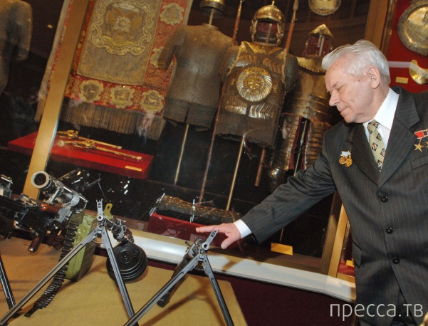 Скончался великий оружейник Михаил Калашников (11 фото)