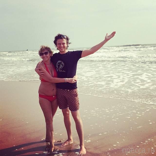 57-летняя жена Прохора Шаляпина оголилась (12 фото)