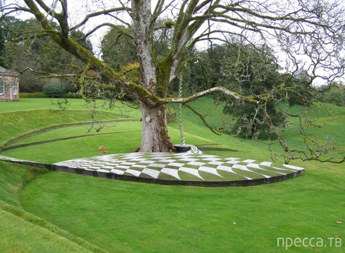 Сад космических размышлений в Шотландии (8 фото)