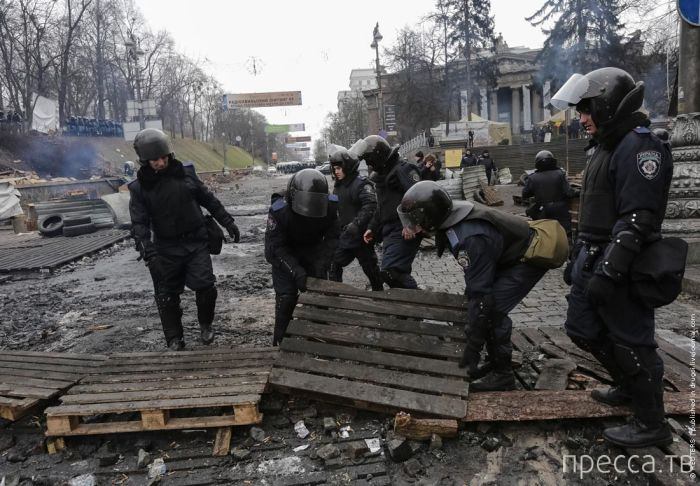 Как выглядит центр Киева - улица Грушевского сейчас (25 фото)