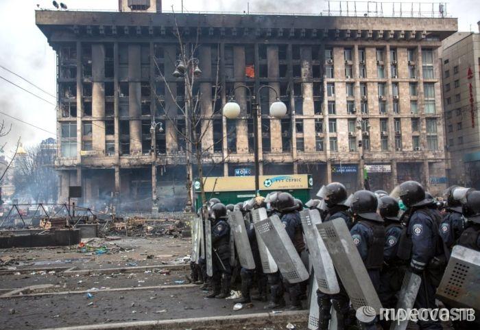 """""""Война"""" в Киеве глазами Беркута (16 фото)"""
