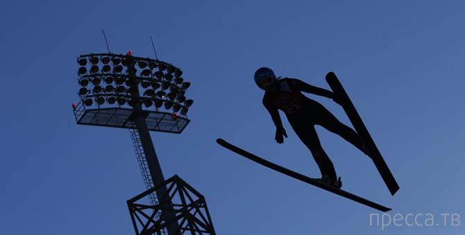 Парящие в воздухе в Сочи (34 фото)