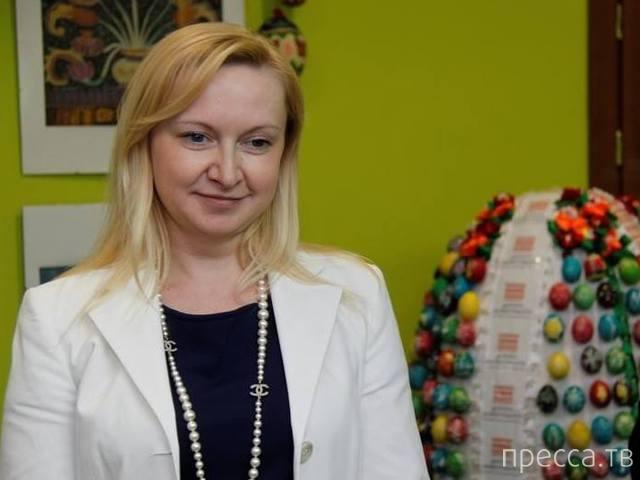 Любовь Полежай – гражданская жена Януковича? (8 фото)