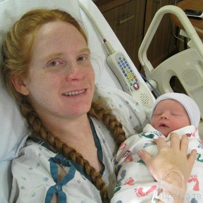 Амелия Бумкер из Иллинойса установила мировой рекорд по пожертвованию грудного молока (3 фото)