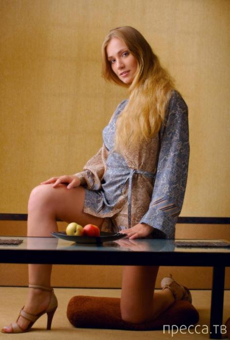"""Красивые и горячие девушки на """"Понедельник"""", часть 10 (100 фото)"""