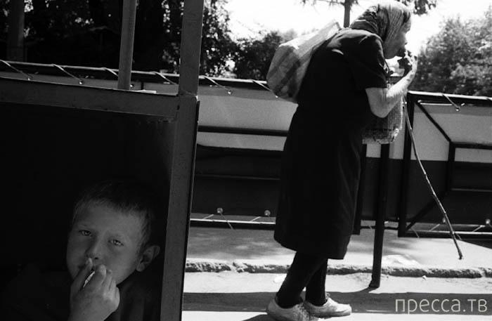 """Фотопроект """"Лишние"""" от Александра Гляделова (30 фото)"""
