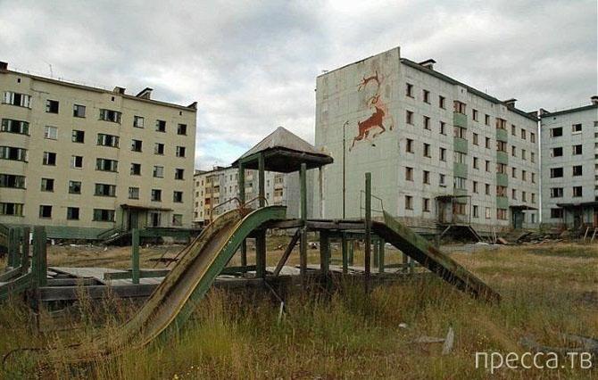 Топ 10: Самые жуткие заброшенные места в России (24 фото)
