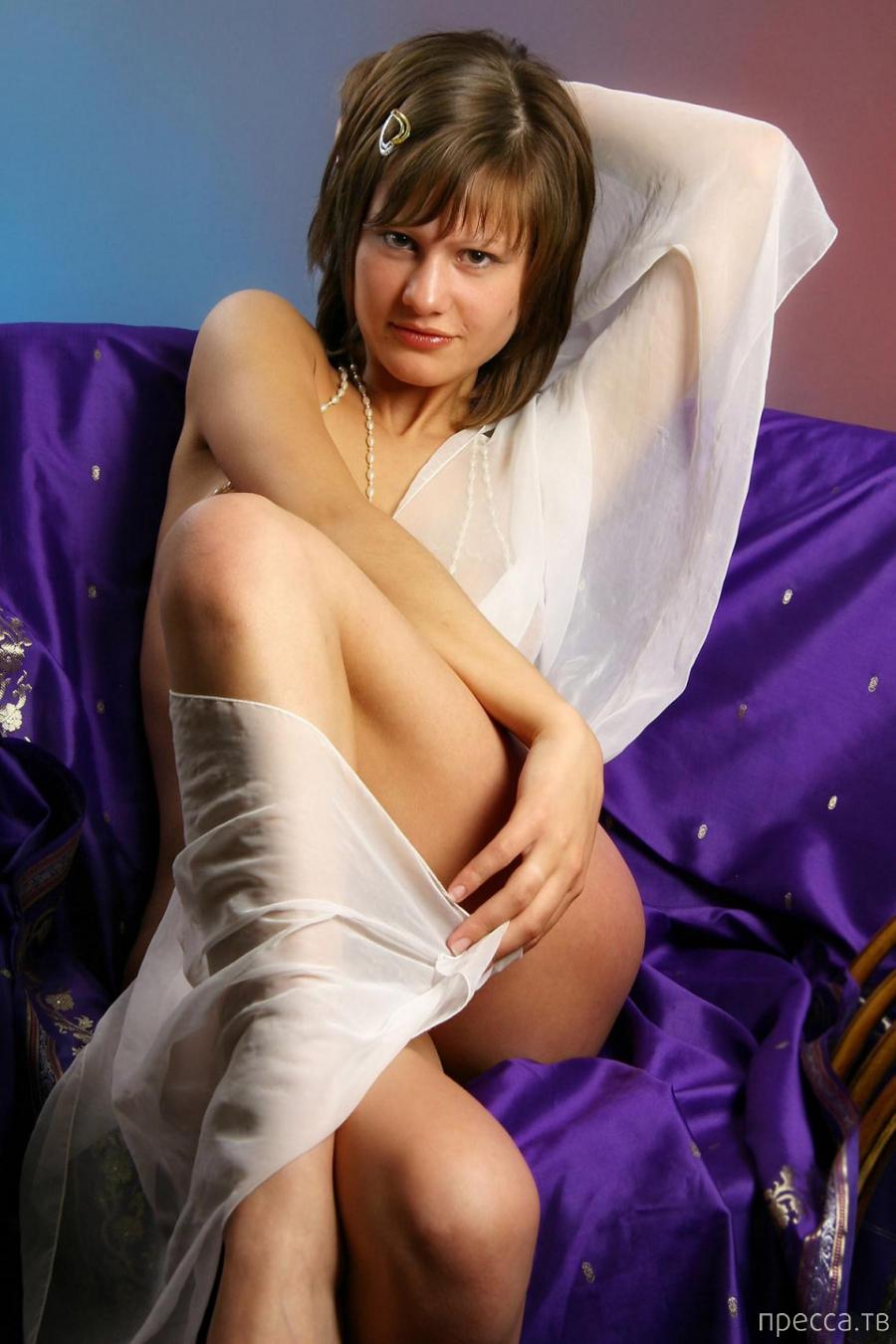 Симпатичная девушка с большой грудью (11 фото)